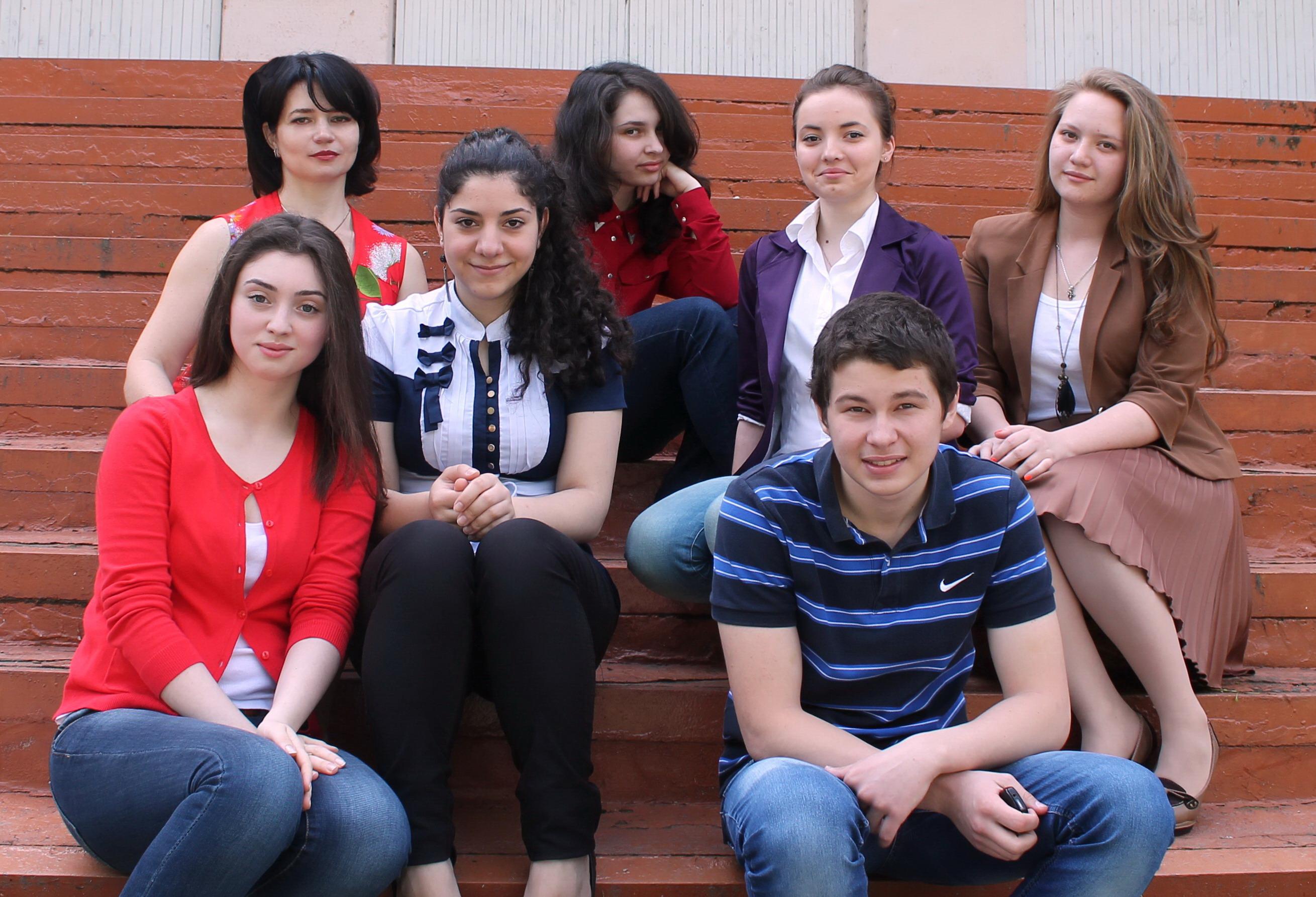 http://galina-soleil.narod.ru/kartinki/people/foto/IMG_5172.jpg